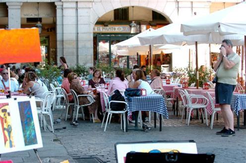 Turistas internacionales en España (Foto web Moncloa)