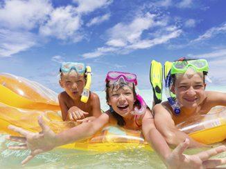 turismo playa niño foto Moncloa